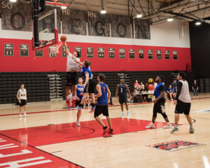 Competitive basketball intramural league at SOU