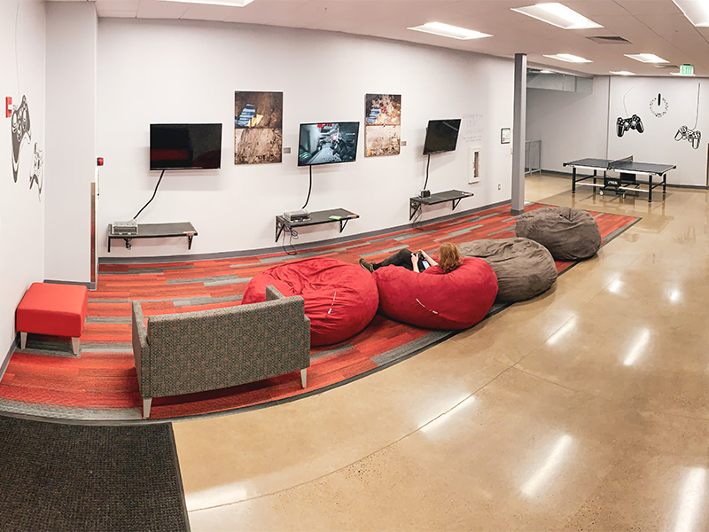 Video Game lounge in the SOU Student Recreation Center